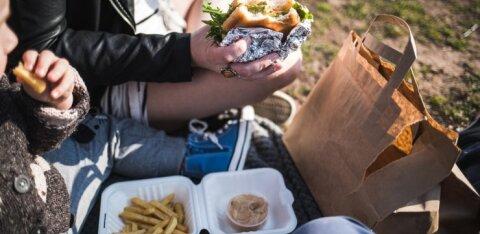 ОПРОС | Пластиковая упаковка не смущает жителей Эстонии при совершении покупок