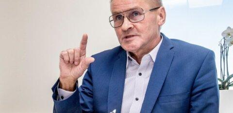 Яак Ааб: следует прекратить выплачивать госчиновникам вознаграждения по результатам и премии