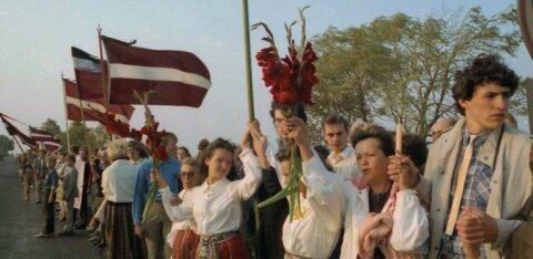 По следам Балтийского пути. Жители Латвии выстроятся в цепь солидарности до Беларуси