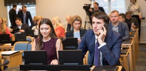 Emeriitprofessor: Vakrale ja Kovalenkole tuleks diplom alles jätta ning pihtide vahele võtta hoopis juhendajate, retsensentide ja kaitsmiskomisjonide töö