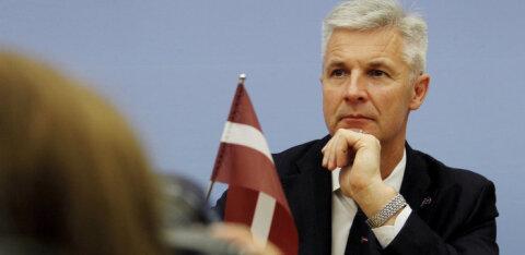 Министр обороны Латвии: нам нужен постоянный контингент НАТО, боевые вертолеты и американские ракеты Patriot