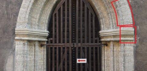 FOTOD | Oleviste kiriku restaureerimisel leiti keskaegsed värvitud raiddetailid