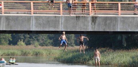 Управа: молодежь из года в год продолжает рисковать жизнью на мосту Пирита