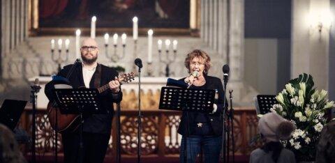 FOTOD | Oleviste kirikus lauldi vabariigi aastapäeva puhul koduta ja vähekindlustatud inimestele