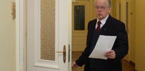На открытом заседании комиссия по иностранным делам получит обзор чрезвычайного положения