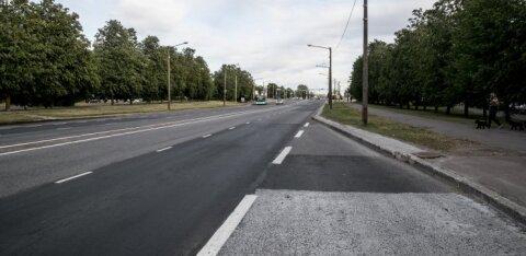 Происшествие в Ласнамяэ: автобус тронулся в тот момент, когда в него заходила женщина