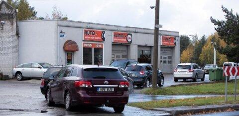 ГАЛЕРЕЯ | Зима пришла в Таллинн: у автосервисов уже очереди