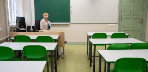 Õpilased peavad hakkama koolimajas rangelt vahet hoidma