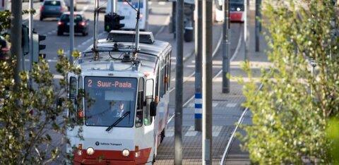 Пассажирка: замените все старые таллиннские трамваи на новые!
