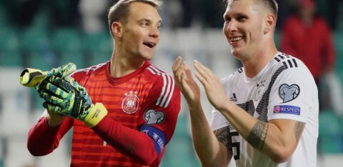 """Вратарь сборной Германии: """"Мы заставили эстонцев побегать за мячом и они устали"""""""