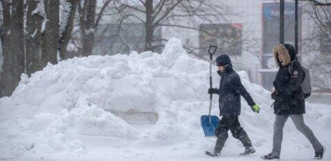 В связи с ожидаемым снегопадом Таллинн призывает горожан к осторожности