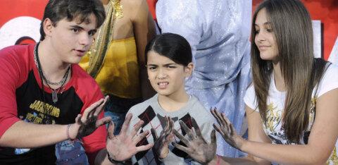 Michael Jacksoni lapsed planeerivad salaja isa süüdistajate kohtusse kaebamist