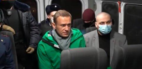 Условно заключенный. Законно ли помещение Навального в СИЗО?
