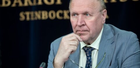 Reformarid umbusaldavad Mart Helmet: ta alavääristab naisi, ähvardab ajakirjanikke ja ohustab Eesti julgolekut
