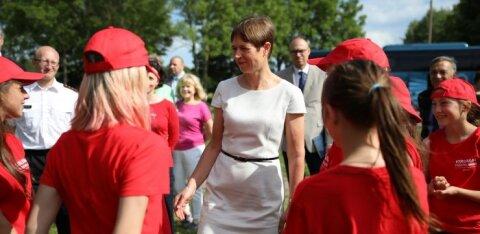 ФОТО   Президент Кальюлайд посетила Спасательный лагерь для русскоязычных ребят