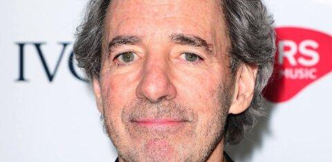 """""""Simpsonite"""" näitleja kritiseeris sarja otsust lõpetada valgete hääle kasutamine teise nahavärviga tegelastel"""