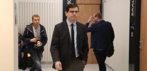 ФОТО: Прокурор просит наказать обвиняемого в совращении малолетней Пеэтера Хельме полутора годами условно