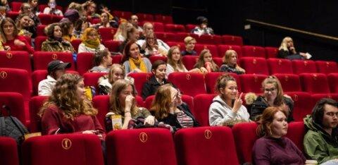 """""""Kasvatamatuse tipptase ehk uskumatu, kuidas tänapäeva noored ennast kinos käies üleval peavad!"""""""