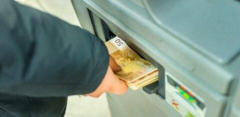 На выходных злоумышленники пытались ограбить четыре банкомата LHV