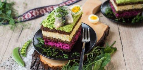 РЕЦЕПТ   Разноцветный бутербродный торт к Дню рождения Эстонии