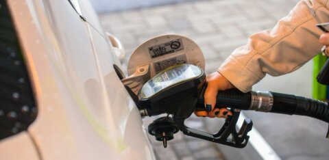 В столицах стран Балтии снизились цены на бензин