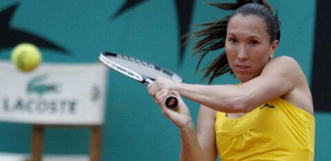 Звезда мирового тенниса забеременела от врача во время лечения от Covid-19
