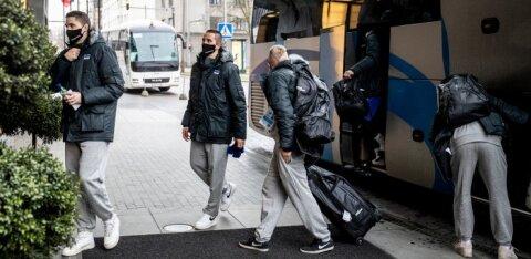 Karmid reeglid: hotellist võib väljuda vaid otse bussi astumiseks