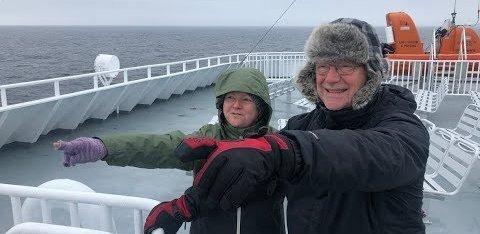 FOTOD ja VIDEO | Tõeline staar. Parvlaev Hiiumaal on uus nimi ja see sattus hiljuti pisikesse koroonaskandaali
