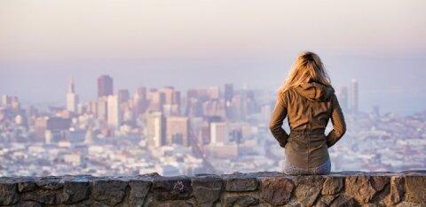 Lugeja kogemus: tüdruk, kes sai teismelisena teada, et talle on tema bioloogilise ema kohta valetatud, ei suutnudki perele kunagi andestada