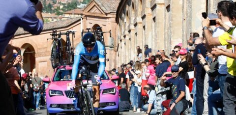 VIDEO | Giro d'Italial vahetus üldliider, Kangert püsib esikümne kannul