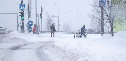 Sünoptik: esmaspäevane lumesadu oli kombinatsioon nn järveefektist ja madalrõhkkonna niiskusest
