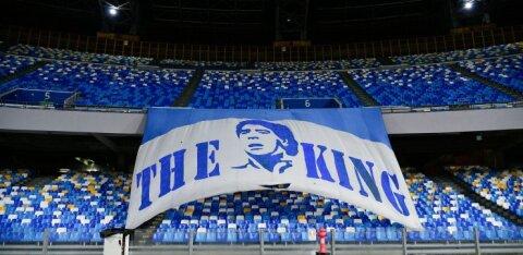Napoli jalgpalliklubi nimetas staadioni Diego Maradona järgi ümber
