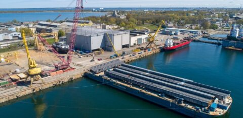 BLRT Grupp помогает строить мост в Стокгольме: туда уже отправили первые секции железнодорожно-пешеходного моста весом в 1 750 тонн
