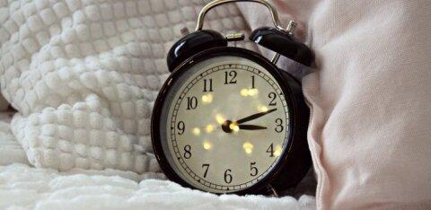 Teadlased teavad: miks mõned inimesed ärkavad just enne äratuskella tirisemist?