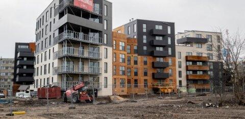 ФОТО | Олег Осиновский возводит в центре Таллинна жилой квартал. Затянувшееся строительство беспокоит клиента