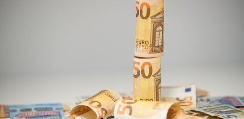 Pensionikoguja dilemma: kas peatada riigi eeskujul teise samba maksed või mitte?
