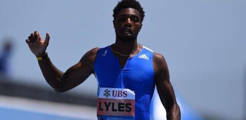 USA sprinter purustas Usain Bolti maailmarekordi ning alistas maagilise piiri, kuid seda vaid tänu kohtunike valusale veale