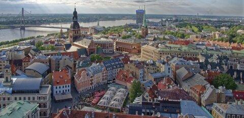 В Латвии ограничения продлены до 7 февраля, все школьники будут учиться удаленно