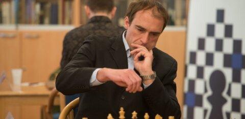 Победитель Aeroflot Open Кюлаотс выиграл первый после локдауна шахматный турнир