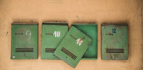 Riigikogu arutab, kuidas ajalehti koju kanda