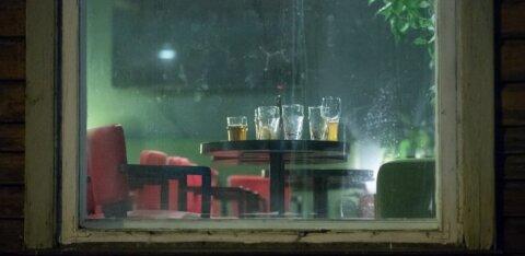 Ettevõtjad: öised joomispiirangud ei aita, skeemitajate elu läheb veel ägedamaks