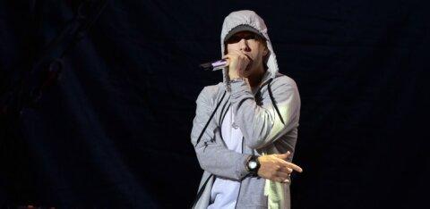 KUUM KLÕPS | Eminemi tütrest on sirgunud vastupandamatu noor naine, kelle kõhulihased ajavad kadedaks