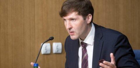 Мартин Хельме отнес к числу иностранных рабочих и десятки лет живущих в Эстонии русских