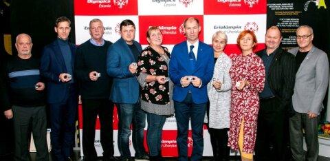 Jalgpalliametnikud pälvisid Eesti Eriolümpia hõbemärgi