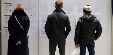 Консультант Кассы по безработице отправил безработного на групповую терапию анализировать свою неудавшуюся жизнь