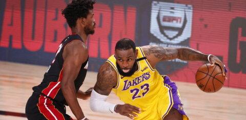 VIDEO | Kas NBA finaal lõppeb kiirelt? Lakers alustas kindla võiduga, Miami kolm parimat mängijat said vigastada