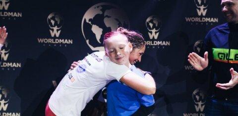 ФОТО: Вот это выносливость! Победительница соревнований Worldman Games сделала 756 берпи, ее 9-летний соперник — 541