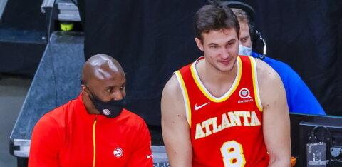 Hooaja eel nimekaid eurooplasi kokku kuhjanud NBA klubi vallandas peatreeneri
