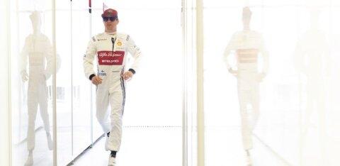 VIDEO | Räikkönen astub Monaco GP-ga eksklusiivsesse klubisse. Meenuta juubilari parimaid raadioside kilde!