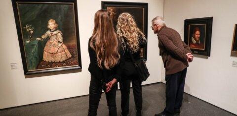 FOTOD   Kumus avati suurim Eesti naiskunstnike näitus